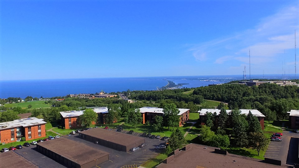 Beautiful Duluth Breathtaking Views Highland Village Apartments